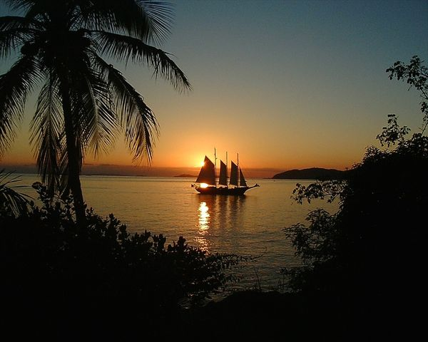 sunset-schooner